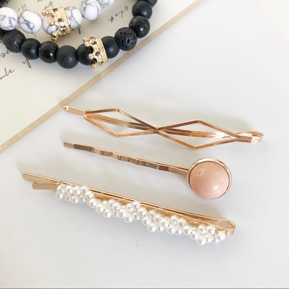 Accessories - Assorted Fashion Hair Clips